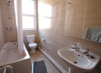 Thumbnail 5 bed terraced house to rent in Queens Road, Woodhouse, Leeds