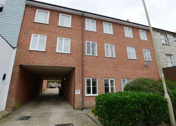 Thumbnail 1 bedroom flat to rent in Grosvenor Road, Aldershot