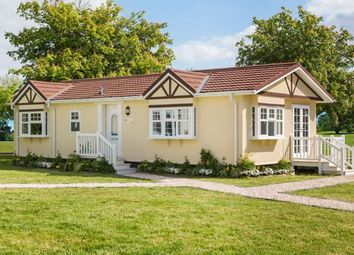 Thumbnail 2 bed mobile/park home for sale in Wickens Meadow Park, Dunton Green, Sevenoaks