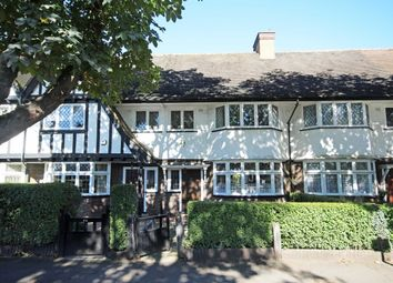 Thumbnail 4 bed property to rent in Queens Drive, London