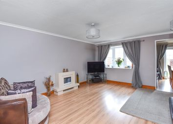 Thumbnail 3 bedroom terraced house for sale in Queens Road, Carterton