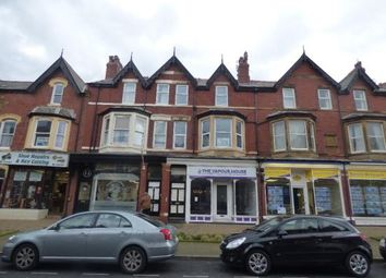 2 bed flat to rent in Orchard Road, Lytham St.Annes FY8