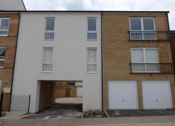 2 bed flat to rent in Hempton Field Drive, Patchway, Bristol BS34