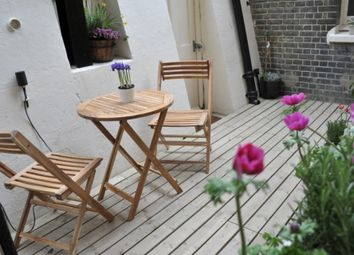 Thumbnail 3 bed flat for sale in Kings Gardens, Hove