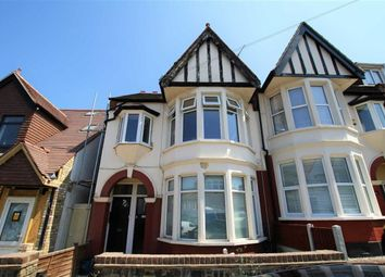 Thumbnail 2 bed flat for sale in Leighton Avenue, Leigh-On-Sea, Essex