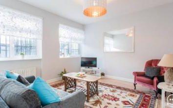 Thumbnail 1 bedroom flat to rent in Cambridge Heath Road, Bethnal Green