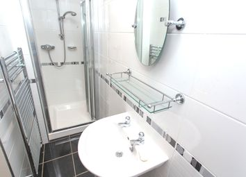 Thumbnail 2 bed flat for sale in Salisbury Street, Kirkcaldy