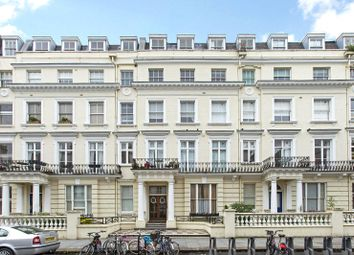 1 bed property to rent in Radford House, Pembridge Gardens, London W2