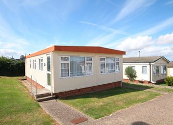 Thumbnail 2 bedroom mobile/park home for sale in Seasalter Lane, Seasalter, Whitstable