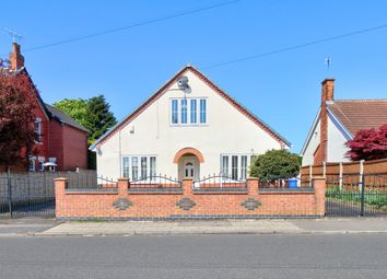 4 bed bungalow for sale in Ellesmere Road, Forest Town, Mansfield NG19