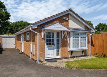 Bellington Croft, Shirley, Solihull B90. 2 bed detached bungalow