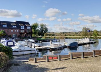 Thumbnail 4 bed flat for sale in Temple Mill Island, Marlow