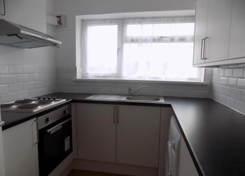 Thumbnail 3 bedroom flat to rent in Shinfield Road, Reading