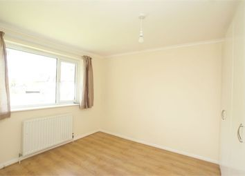 Thumbnail Room to rent in 71 Brighton Road, Addlestone