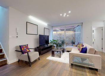 Thumbnail 3 bedroom flat to rent in Culford Road, London