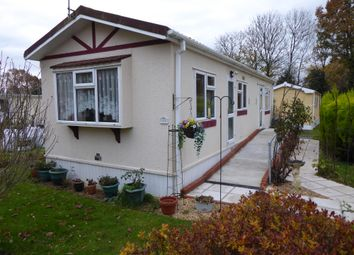 Thumbnail 1 bed mobile/park home for sale in Avondale Park, Main Road, Colden Common, Winchester, Hampshire