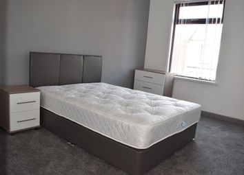 Thumbnail Room to rent in Rawmarsh Hill, Parkgate, Rotherham