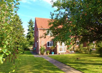 Thumbnail 2 bed semi-detached house to rent in Craysleaze, Kidmore End, Reading