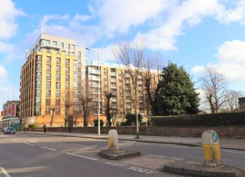 High Road Ilford, Seven Kings IG1. 2 bed flat