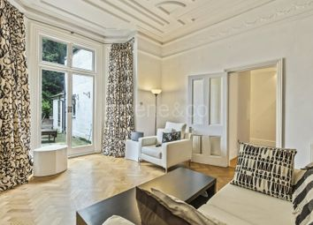 Thumbnail 3 bedroom flat to rent in Goldhurst Terrace, South Hampstead, London