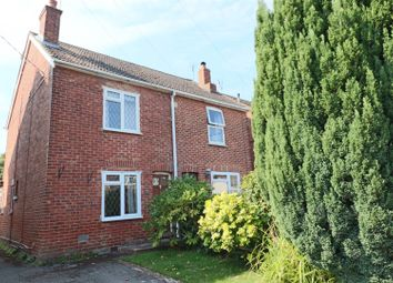 Thumbnail 2 bed cottage for sale in Holly Road, Farnborough