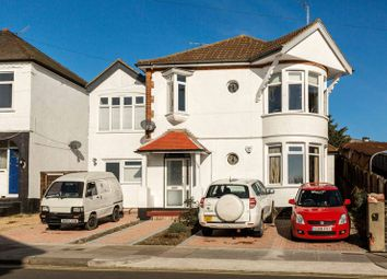 Thumbnail 2 bedroom flat to rent in Ambleside Drive, Southend-On-Sea