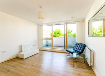 Thumbnail 1 bed flat for sale in Sussex Way, Islington