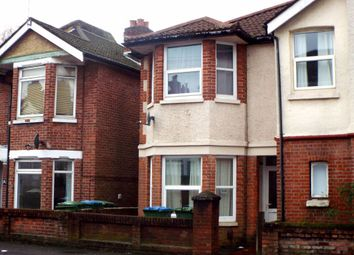 4 bed property to rent in Newcombe Road, Shirley, Southampton SO15