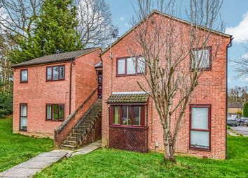 Thumbnail 1 bed flat for sale in Hedgeside, Crawley