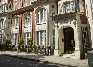 Thumbnail 2 bed flat for sale in Lincoln House, Basil Street, Knightsbridge