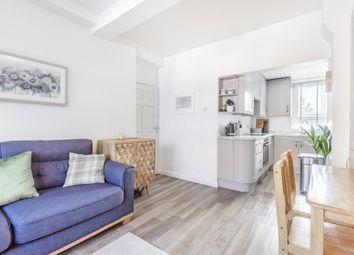 Adams Gardens Estate, Rotherhithe, London SE16. 3 bed flat