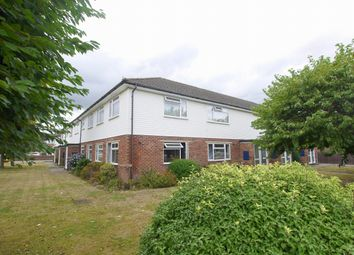 Thumbnail 3 bed flat for sale in Robyns Way, Sevenoaks