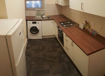 Thumbnail 1 bed flat to rent in Russell Lane, Whetstone London