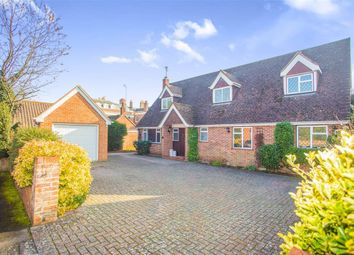 Thumbnail 4 bed detached house to rent in Orchard Close, Maidenhead