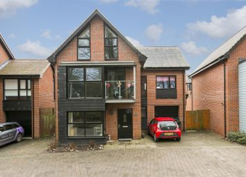 5 bed detached house for sale in Beadsman Crescent, Leybourne, West Malling ME19