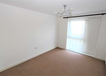 Thumbnail 2 bedroom flat for sale in Hyde Grove, Dartford