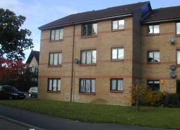 Thumbnail 1 bed flat to rent in Littlebrook Avenue, Burnham, Slough