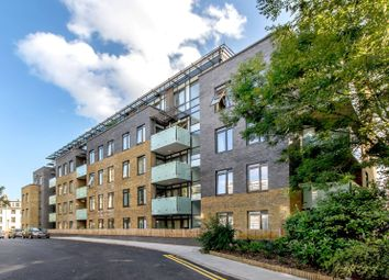 Thumbnail 1 bed flat to rent in Regents Gate, St John's Wood, London