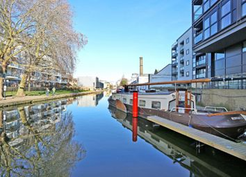 Thumbnail 1 bedroom houseboat for sale in Pickfords Wharf, Wharf Road, London