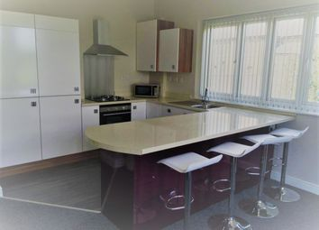 Thumbnail 6 bed shared accommodation to rent in Park Road South, Middlesbrough