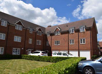 Thumbnail 2 bed flat to rent in Uxbridge Road, Wendover, Aylesbury