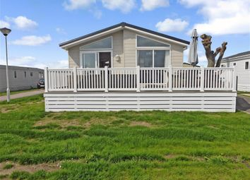 Thumbnail 2 bedroom mobile/park home for sale in Faversham Road, Seasalter, Whitstable, Kent