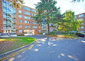 Thumbnail 2 bed flat for sale in High Mount, Station Road, Hendon