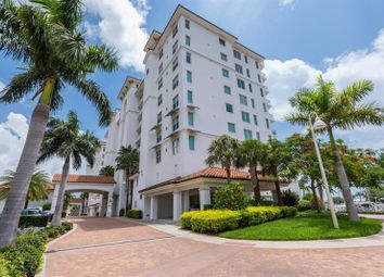 Thumbnail 2 bed apartment for sale in 1325 Snell Isle Boulevard North East, St Petersburg, Florida, United States Of America
