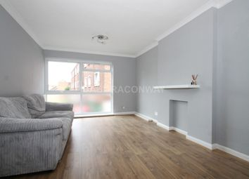 Thumbnail 2 bedroom flat to rent in Palmerstone Road, Buckhurst Hill