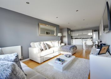 Thumbnail 2 bed flat to rent in Varcoe Gardens, Hayes, Middlesex
