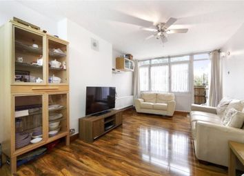 Thumbnail 2 bed flat to rent in Lysander House, Temple Street, London