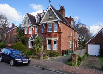 Thumbnail 2 bed flat to rent in Court Road, Tunbridge Wells, Kent