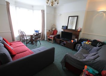 Thumbnail 1 bed flat to rent in Salisbury Road, Luton