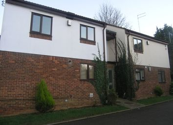 Thumbnail 1 bed flat to rent in Kilbale Crescent, Banbury